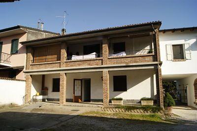 Da vecchia casa di campagna a villa moderna emmeti srl - Ristrutturazione casa campagna ...